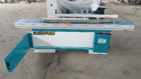 供应用于下料的塑料板材下料机兄弟联赢以一流的企业文化,创造一流的产品质量