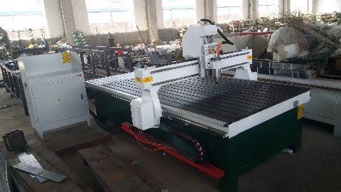 供应用于焊接的塑料板材雕刻机首选兄弟联赢,质量优,价格低,恒久耐用,设计安全合理