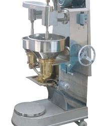 供应用于包芯的包馅生的BX-100包心鱼丸成型机