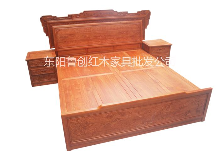 供应经典红木家具大床图片