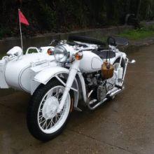 供应仿古750边三轮摩托车白色