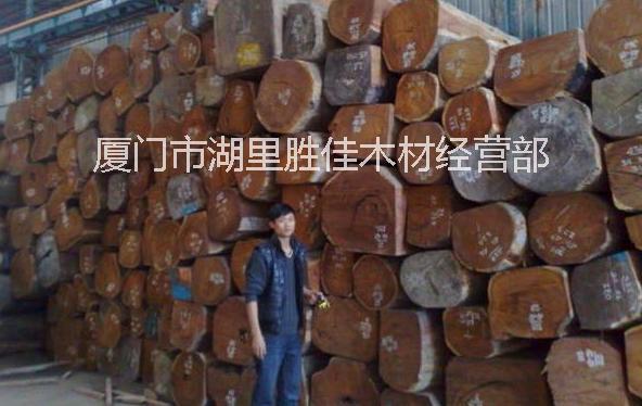 木门厂的老挝花梨原木