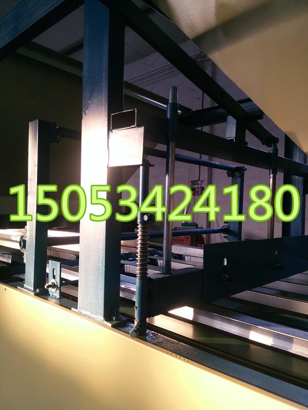 玻镁防火装饰板生产线设备 菱镁室内防火装饰板切割锯