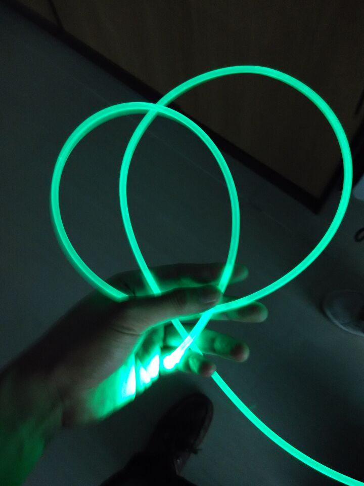 6MM乳白色通体光纤 导光条 塑料光纤 LED导光纤维