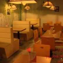 供应郑州咖啡厅沙发咖啡馆 甜品店沙发茶餐厅西餐厅双人皮沙发卡座餐桌椅组合