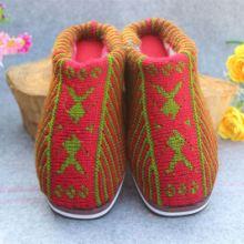 供应冬季双层保暖毛线拖鞋批发室内保暖图片