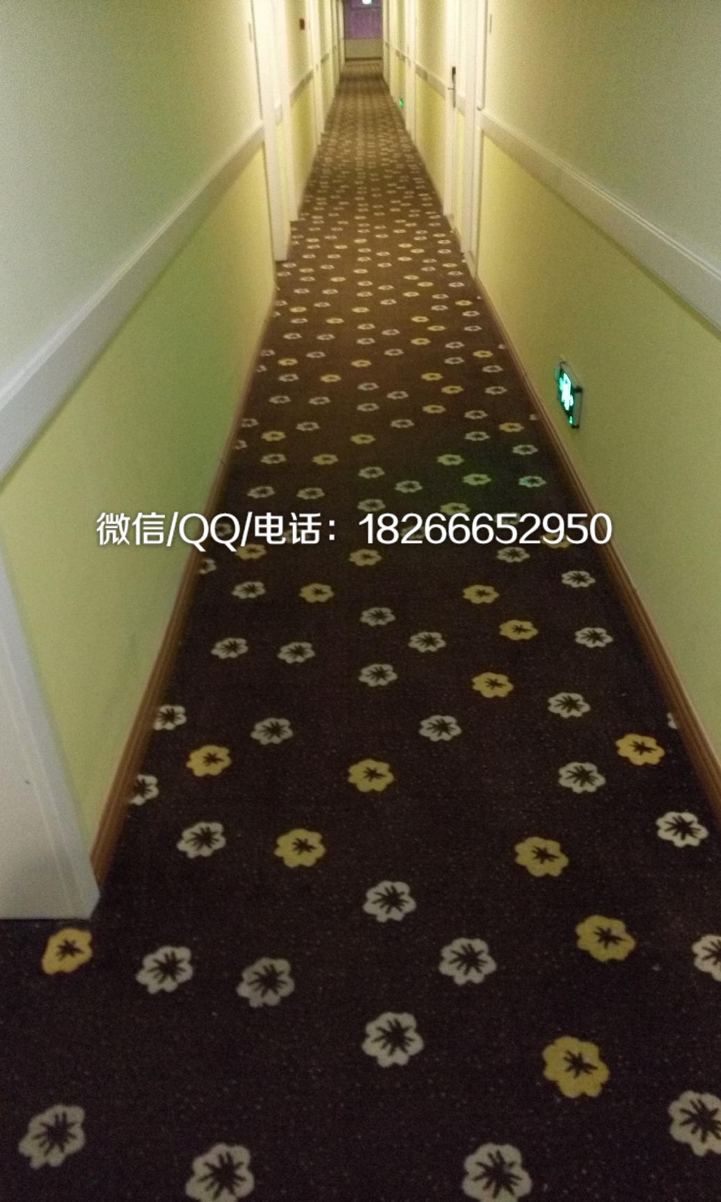 > 青岛地毯展示店