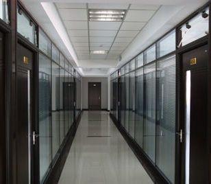 优质玻璃隔断墙 高隔隔墙 高隔间图片