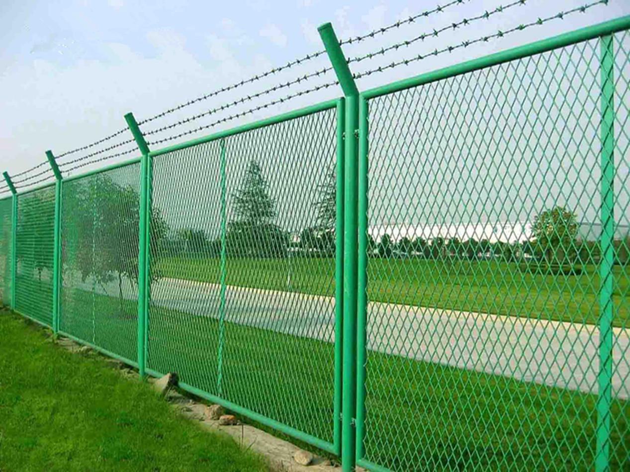 钢板网栏杆