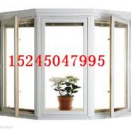 安装门窗平开上悬附件图片