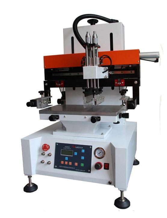 供应小型手机壳丝印机,广东力沃供应2030小型手机壳丝印机,供应印刷面积20*30cm台式丝印机