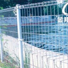 专业生产绿色环保双圈护栏网生产厂家,价格最低批发