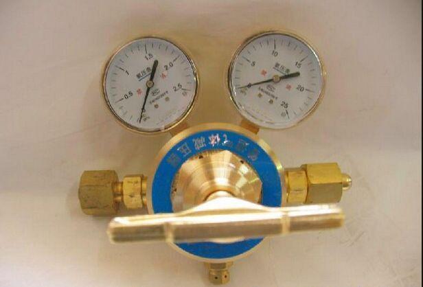 供应单节双表式氧气管路大流量减压器