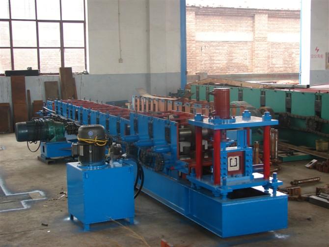 河北泊头压瓦机厂供应c型钢机