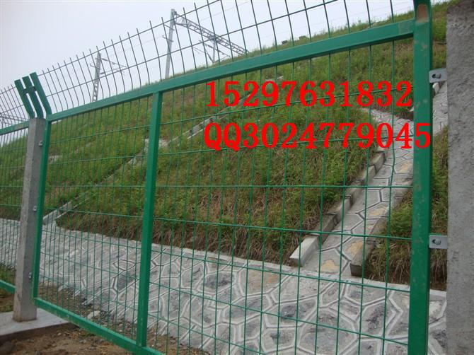 供应用于市政园林的低碳钢丝安全防护网