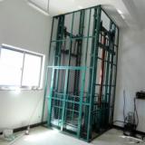 供应菏泽6米导轨式升降机  液压式升降平台    链条式升降机    高空作业升降机