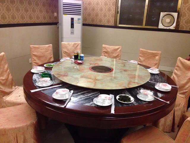 供应餐桌带电磁炉价格 厂家直销,招代理商,酒店火锅桌,电动电磁炉,餐饮火锅,居家/酒店电磁炉