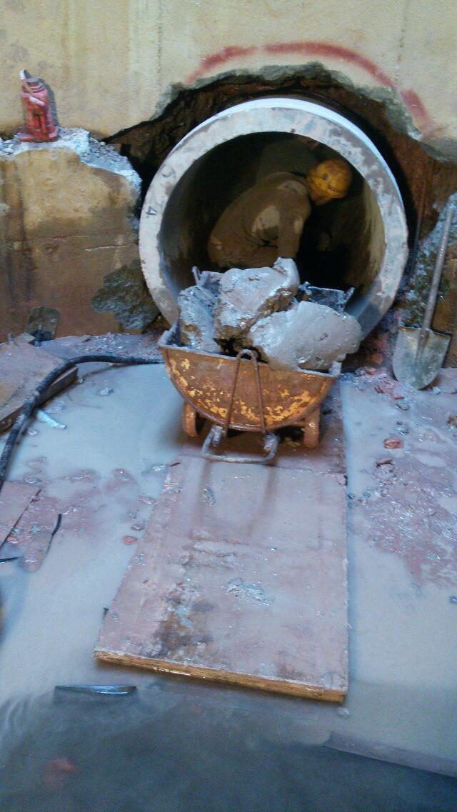 供应芦溪县顶管专业施工队伍 芦溪县包工包料顶管非开挖过马路快速施工