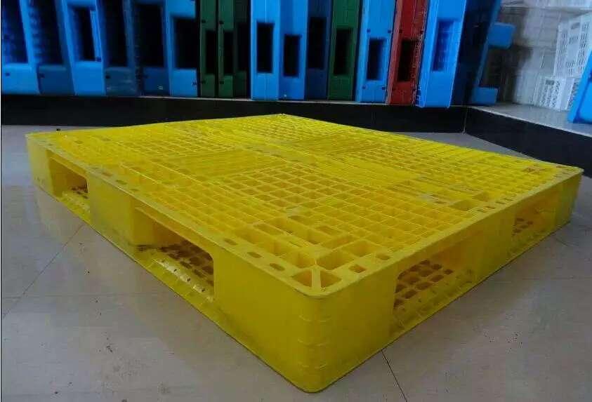供应用于货架的天津双面塑料托盘|1212托盘