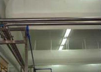 厂房暖通空调布风管图片
