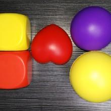 供应聚氨酯PU玩具球骰子爱心球 儿童玩具 广告礼品 厂家直销
