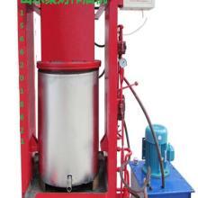 供应山东青岛新式环保型大豆花生榨油机,家用两相电榨油机厂家销售价图片