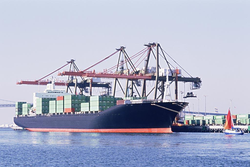 供应上海进口衣服报关清关货运代理公司
