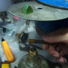 供应景德镇抚州南昌陶瓷研磨加工冷却液无泡沫倾向,磨削沉降性能好;润滑性极佳,加工表面理想配方组份完全水溶性批发