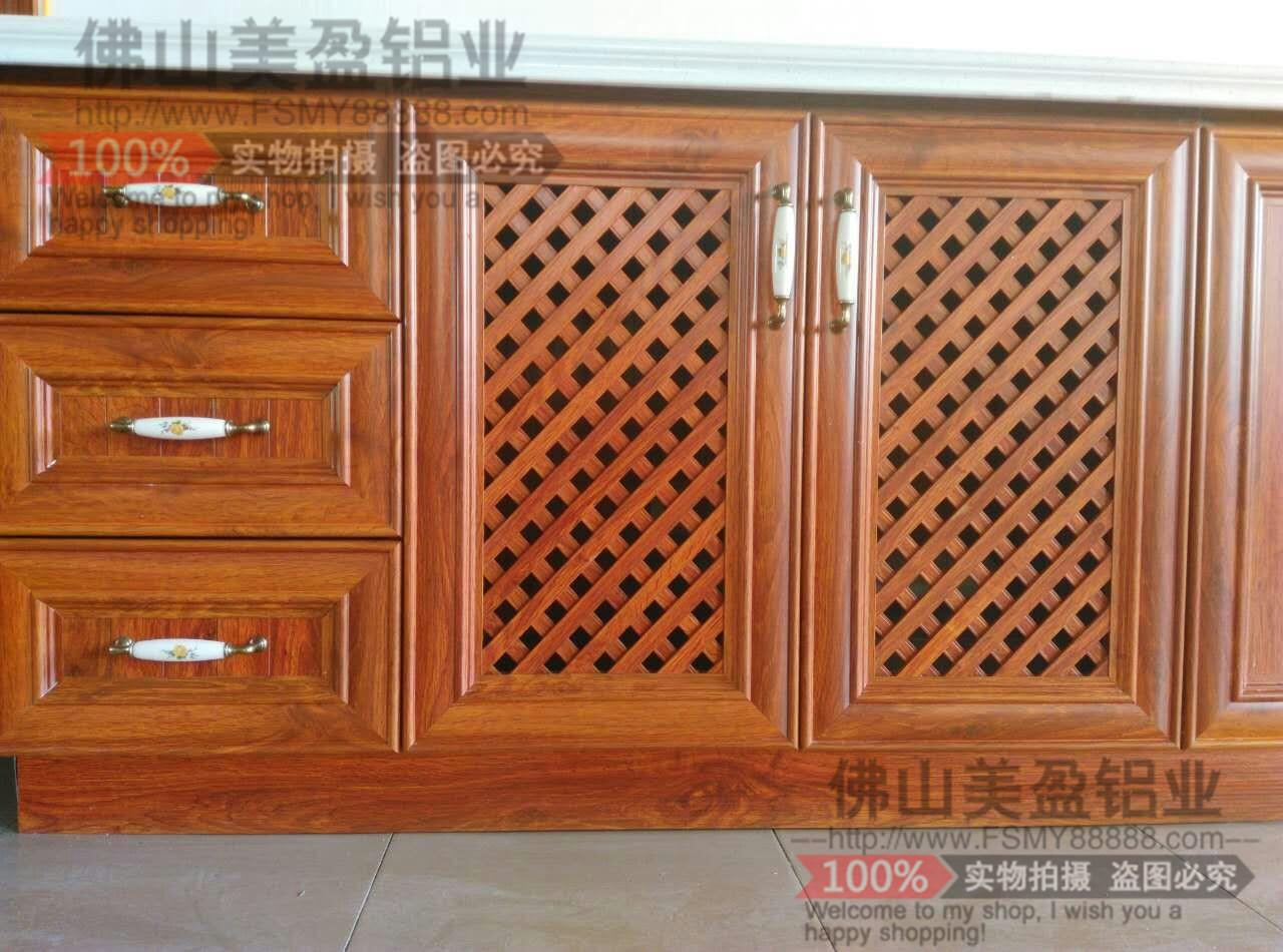 全铝欧式铝合金橱柜门跟全铝橱柜搭配,高档上档次,结构合理,简洁大方