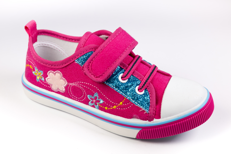 供应儿童休闲帆布鞋