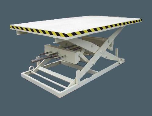 苏州简易升降机厂家 导轨式移动式剪叉式液压升降机生产厂家图片