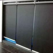 上海乐朗专业生产办公室电动卷帘图片