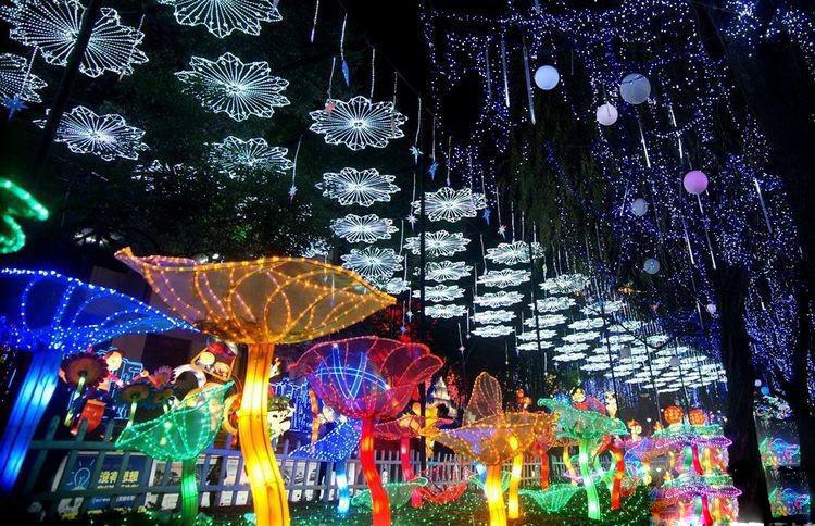 春节灯会厂家 元宵彩灯制作 大型花灯 圣诞树制作公司