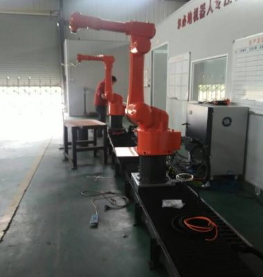 喷涂机器人图片/喷涂机器人样板图 (3)