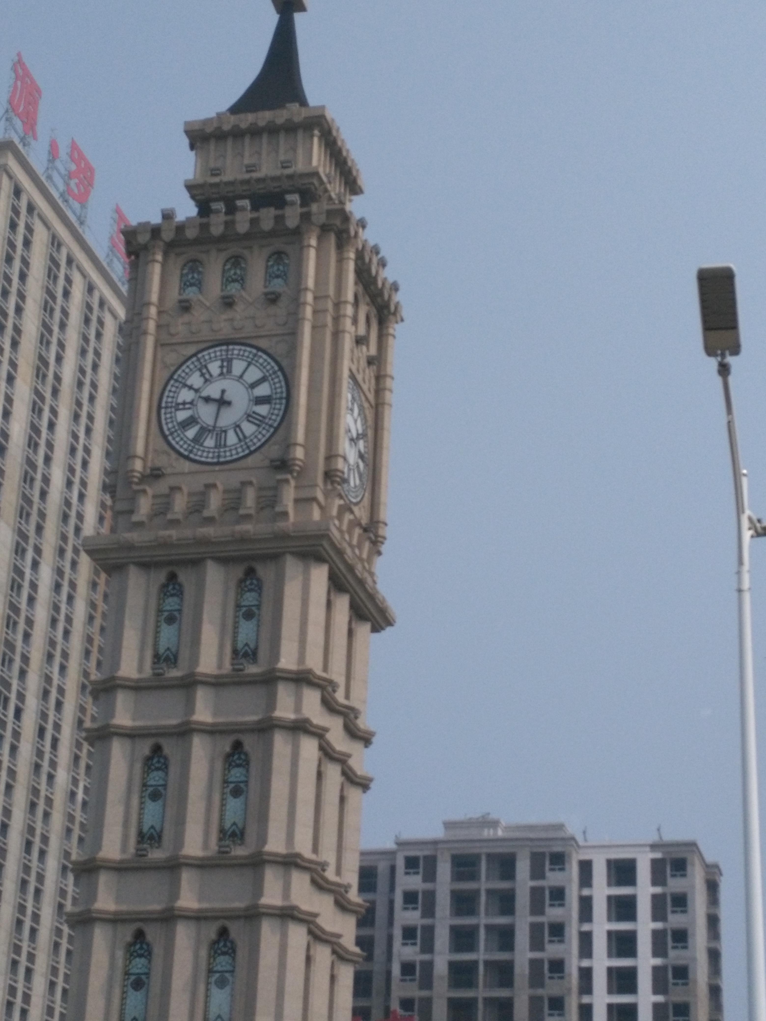 塔钟. 花坛塔钟.江西塔钟哪里找烟台启明时钟.建筑塔钟.塔钟价格