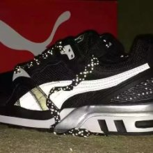 跑步鞋子 休闲鞋子 运动休闲鞋子