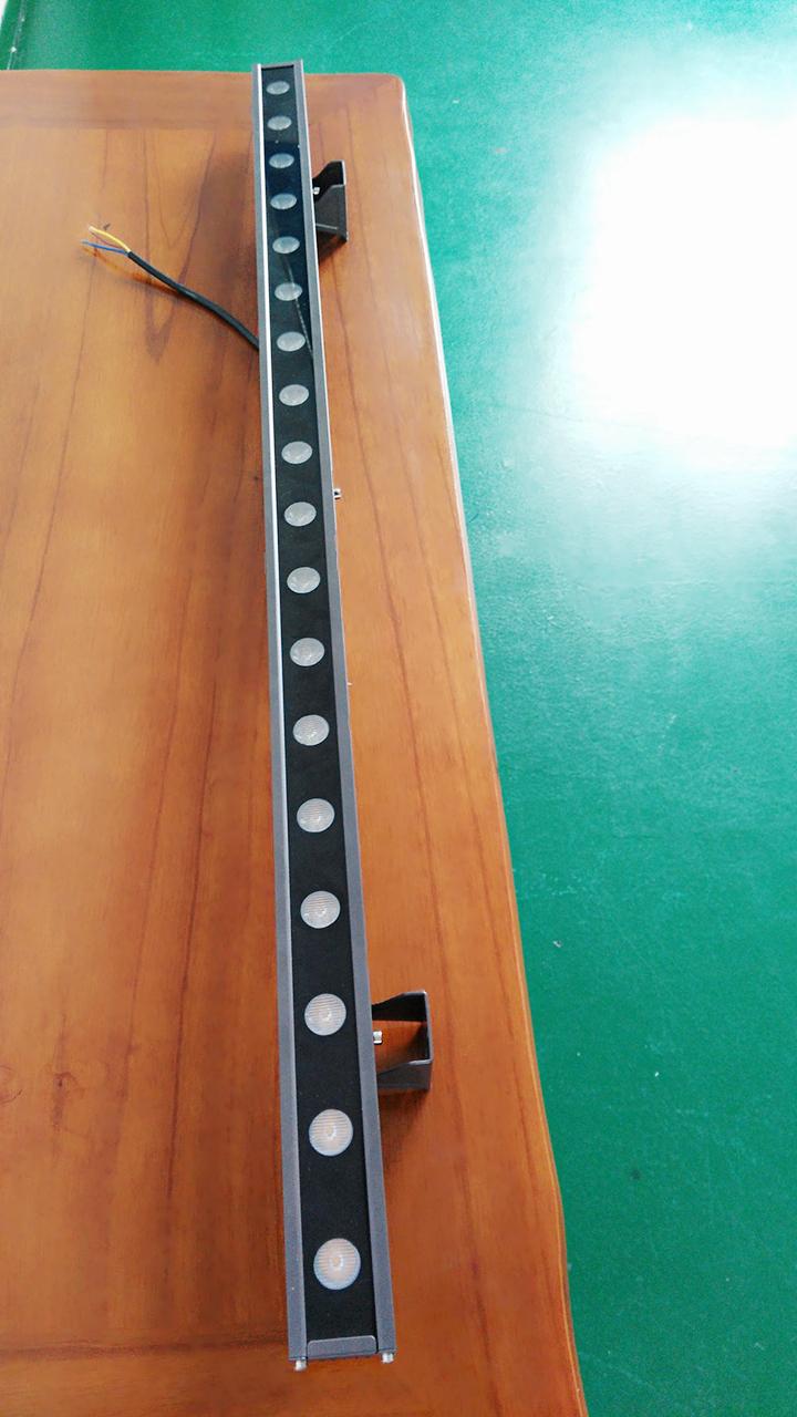 中山厂家新款铝材LED洗墙灯 新款LED洗墙灯成品及外壳售价
