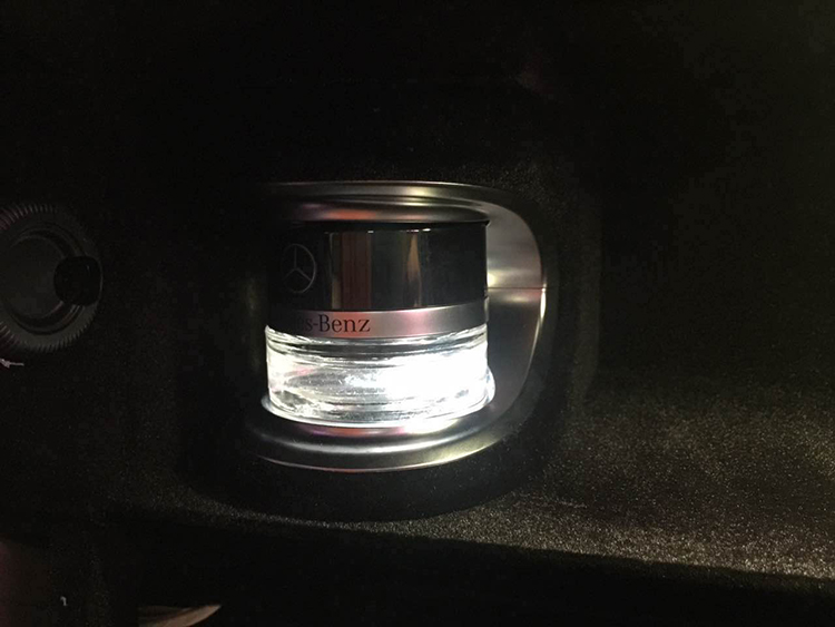 2014款奔驰S320L香氛S400L加改装电动尾门香氛系统