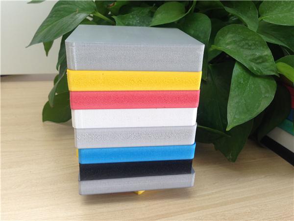 天津和平区高密度10mm彩色pvc广告板/雕刻板/装修板生产厂家 北京怀柔区彩色PVC广告板/卫生间隔断板