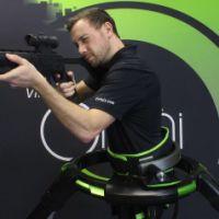 全民枪战VR 2人版 英雄体育VR万向跑步机