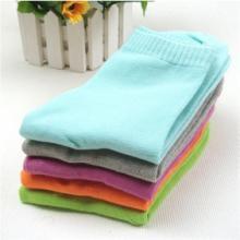 袜子批发 厂家直销各类地摊袜子批发  男女纯棉袜子运动袜批发