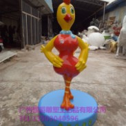 玻璃钢卡通生肖鸡雕塑图片