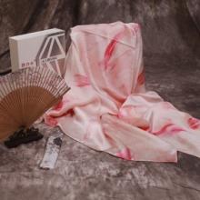 山东围巾定制厂家真丝方巾数码印花围巾服饰真丝面料