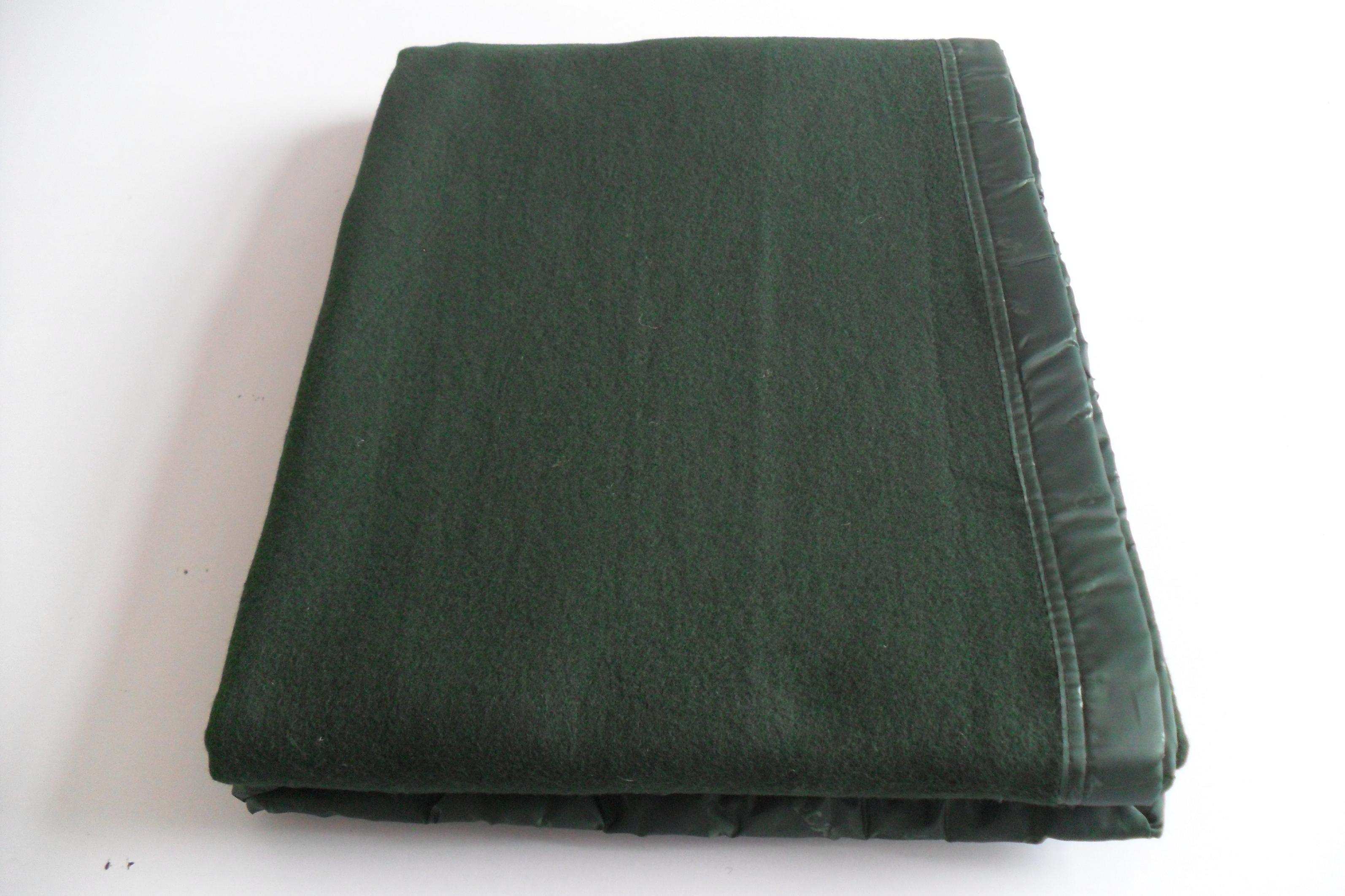 厂家直销常年供应消防户外野营救灾毛毯09毛毯公用被装 09毛毯公用被装墨绿松枝绿军毯