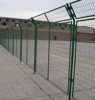 公路铁丝护栏网 钢板公路护栏网图片/公路铁丝护栏网 钢板公路护栏网样板图 (3)