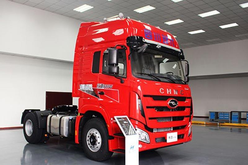 四川现代 致道800w 310马重型卡车  重型卡车最新报价