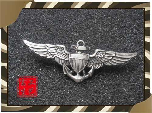 铸锌徽章制作、订做铸锌徽章、校庆徽章制作