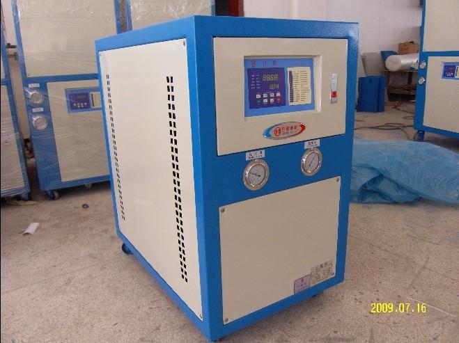 日欧品牌水冷式电镀冷水机 15年专业制冷经验 更值得信赖