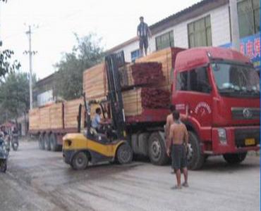 白杨木烘干板材1河南白杨木板材 白杨木板材 临颍保发木业有限公司