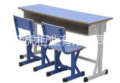 双人双柱多层板课桌椅 学生课桌椅厂家直销 培训班课桌椅